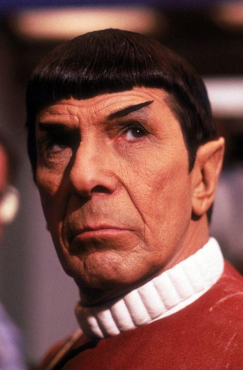 Steht vor einer großen Herausforderung: Capt. Spock (Leonard Nimoy) - Bildquelle: 2003 By Paramount Pictures All Rights Reserved