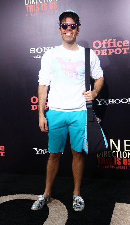 premiere-One-Direction-Perez-Hilton--13-08-26-WENN.jpg 930 x 1600 - Bildquelle: WENN
