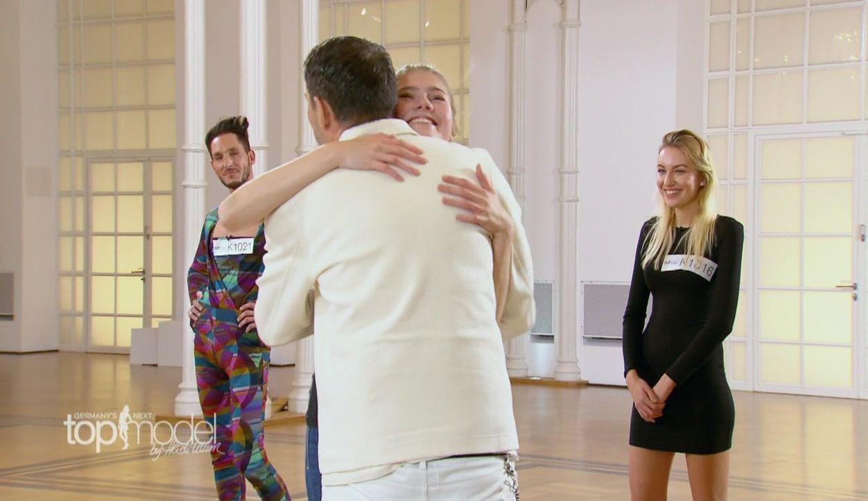 GNTM-S12-Sendung01-Casting-Koeln22 - Bildquelle: ProSieben