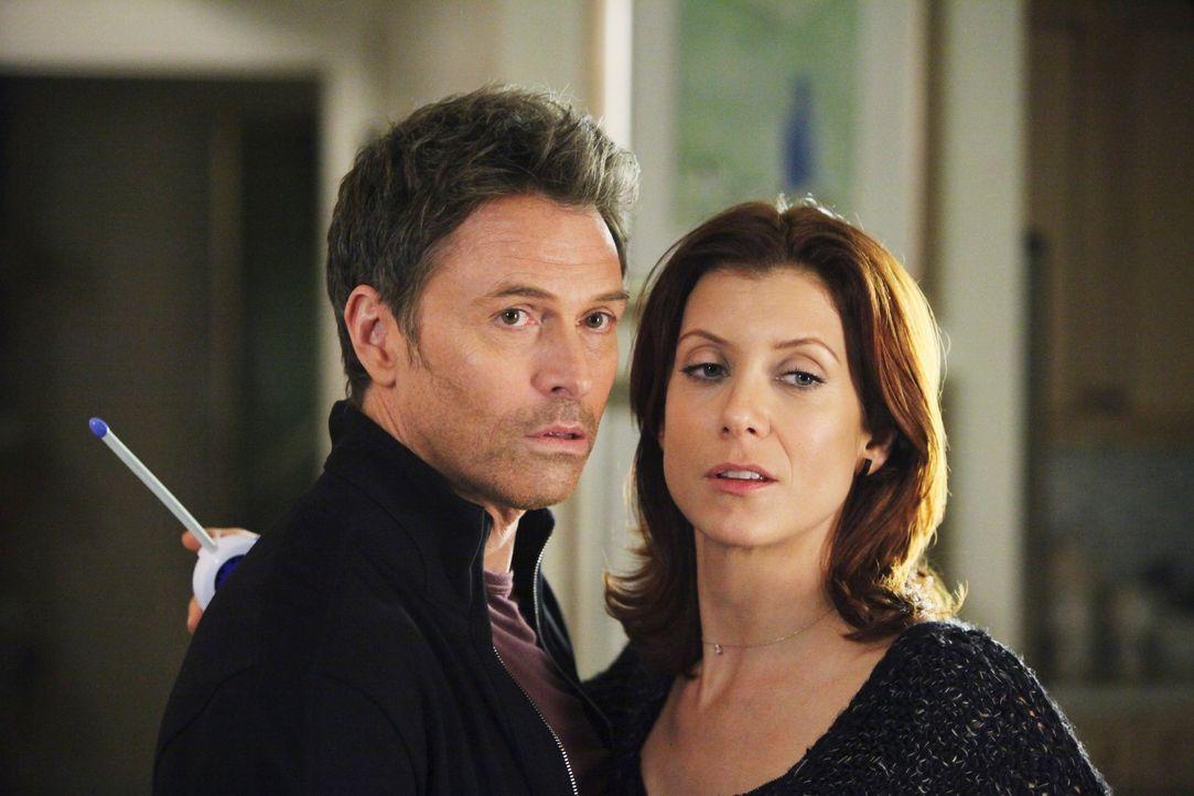 Ihre Beziehung wird auf eine harte Probe gestellt: Pete (Tim Daly, l.) und Addison (Kate Walsh, r.) ... - Bildquelle: ABC Studios