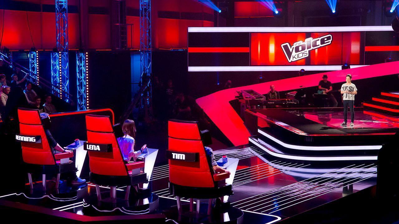 The-Voice-Kids-Nachher-Michele-09-Richard-Huebner - Bildquelle: SAT.1/Richard Hübner