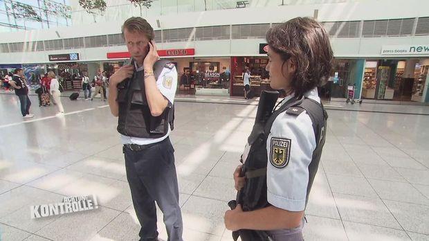 Achtung Kontrolle - Achtung Kontrolle! - Haftbefehl Am Münchner Flughafen