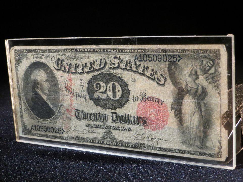 Don Wildman befasst sich mit einem besonderen und Jahrzehnte alten 20-Dollar Schein ... - Bildquelle: 2014, The Travel Channel, L.L.C. All Rights Reserved.