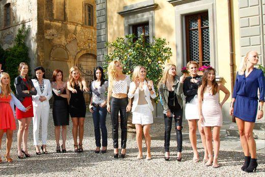 Catch the Millionaire - 18 Single-Damen sind auf der Suche nach dem richtigen...