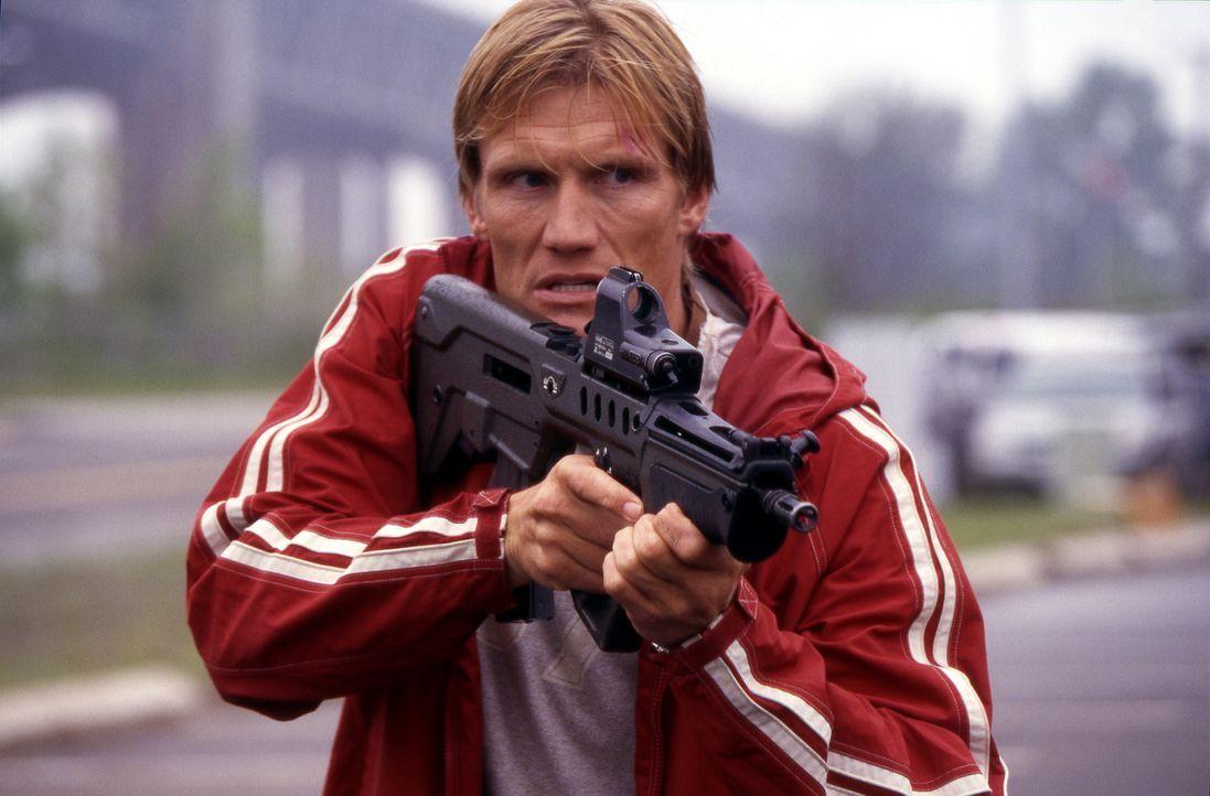 In seiner Eigenschaft als Mordfahnder bei der Direct Action Unit der Polizei von Los Angeles kennt Officer Frank Gannon (Dolph Lundgren) nicht nur a... - Bildquelle: Nu-Image Films