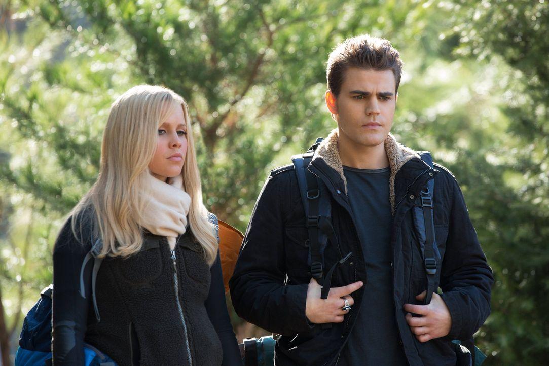 Stefan Salvatore und Rebekah Mikaelson - Bildquelle: Warner Bros. Entertainment Inc.