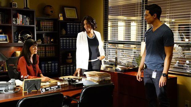 Das Team um Emily Prentiss (Paget Brewster, l.) und Dr. Tajana Leweis (Aisha...