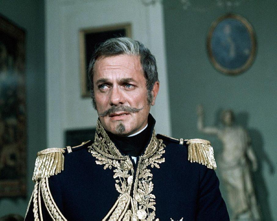 Ahnt noch nicht, dass das Damoklesschwert schon über ihm schwebt: Mondego (Tony Curtis) ... - Bildquelle: National Broadcasting Company (NBC)