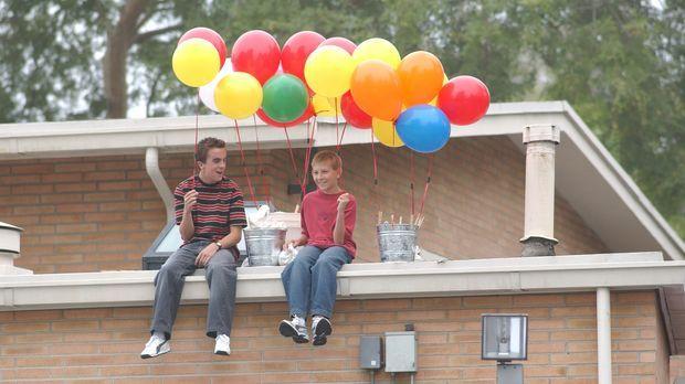Warten gespannt auf die Ankunft von Reese: Malcolm (Frankie Muniz, l.) und De...