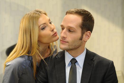 Anna und die Liebe - Planen Annett (Tanja Wenzel, l.) und David (Lee Rychter,...