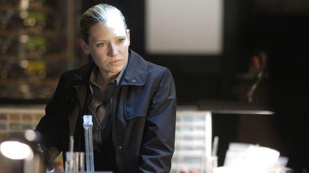 Eine eigenartige Entführung ereignet sich in Boston. Olivia Dunham (Anna Torv...