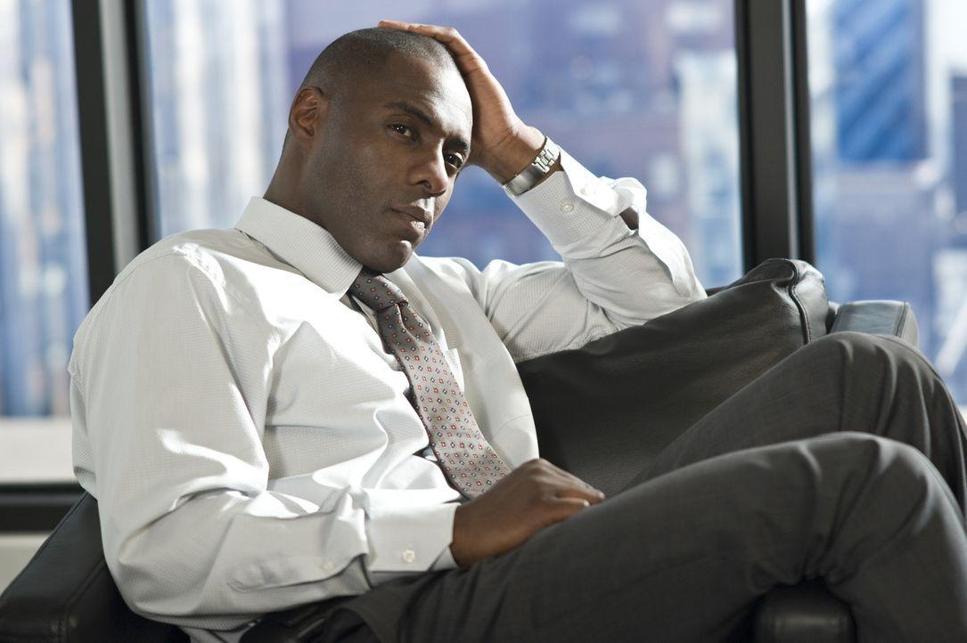 Viel zu spät bemerkt Vermögensverwalter Derek Charles (Idris Elba), dass seine neue Bürohilfe eine Psychopathin ist, die ihn um jeden Preis haben wi... - Bildquelle: 2009 Screen Gems, Inc. All Rights Reserved.