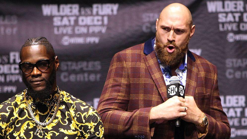Schon jetzt verbal furios: Tyson Fury (re.). - Bildquelle: imago/ZUMA Press