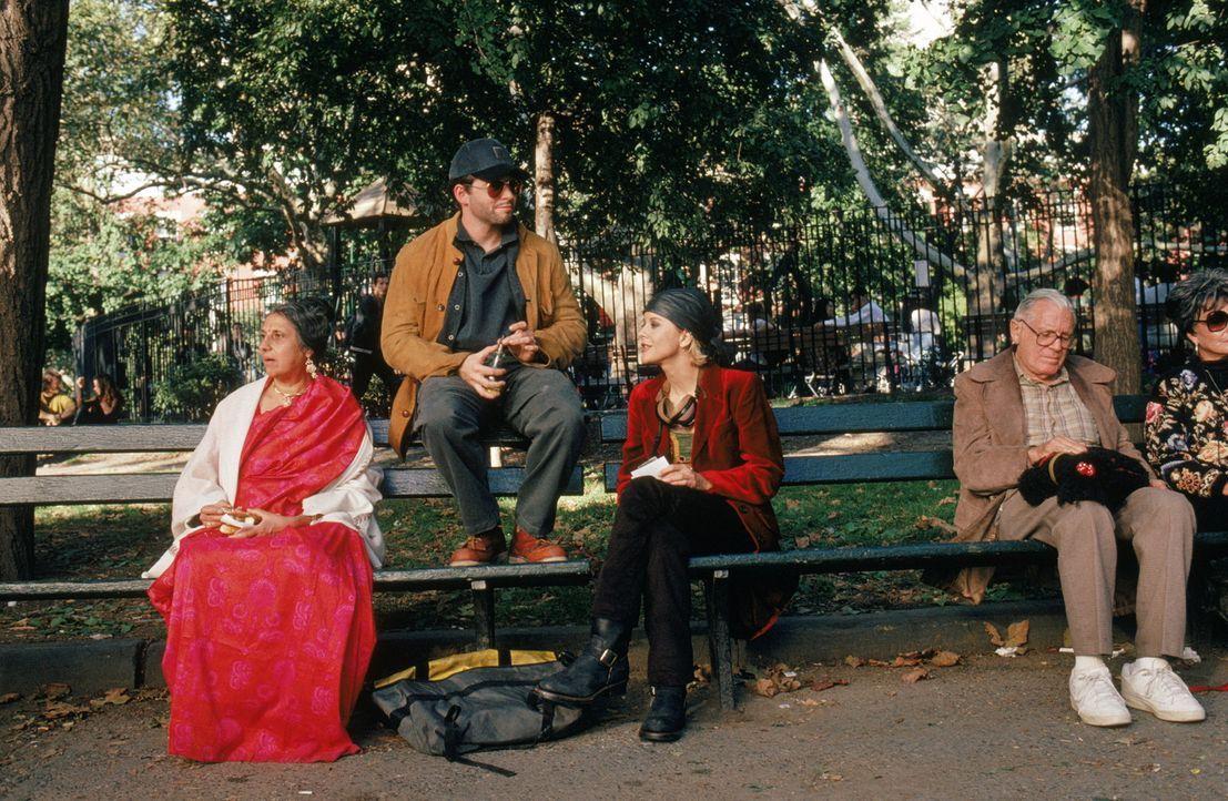 Sam (Matthew Broderick, 2.v.l.) und Maggie (Meg Ryan, 2.v.r.) schmieden gemeinsam einen Plan, wie sie Linda und Anton auseinanderbringen können. Do... - Bildquelle: Warner Brothers International