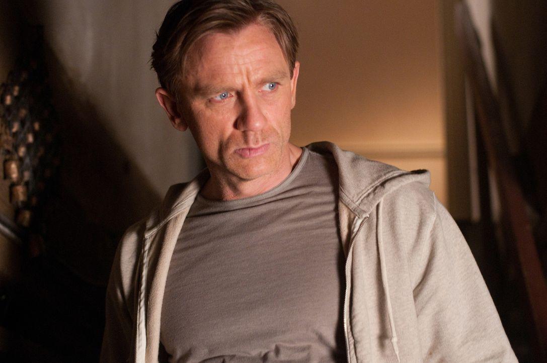 Wills (Daniel Craig) Traumhaus war einst Schauplatz grausamer Morde, die sich zu Wiederholen scheinen ... - Bildquelle: 2011 Universal Studios