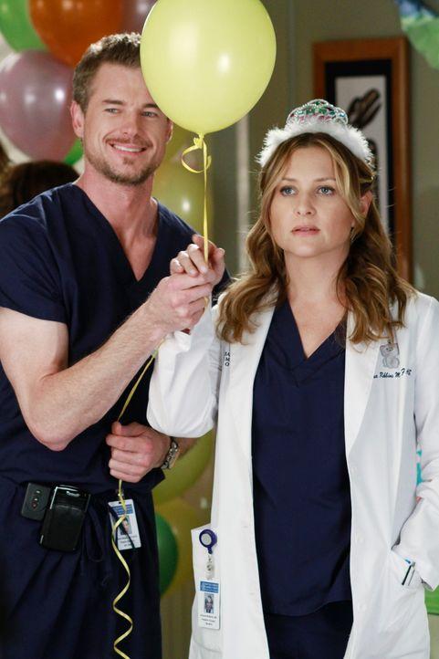 Schmeißen für Callie eine Baby-Party: Arizona (Jessica Capshaw, r.) und Mark (Eric Dane, l.) ... - Bildquelle: ABC Studios