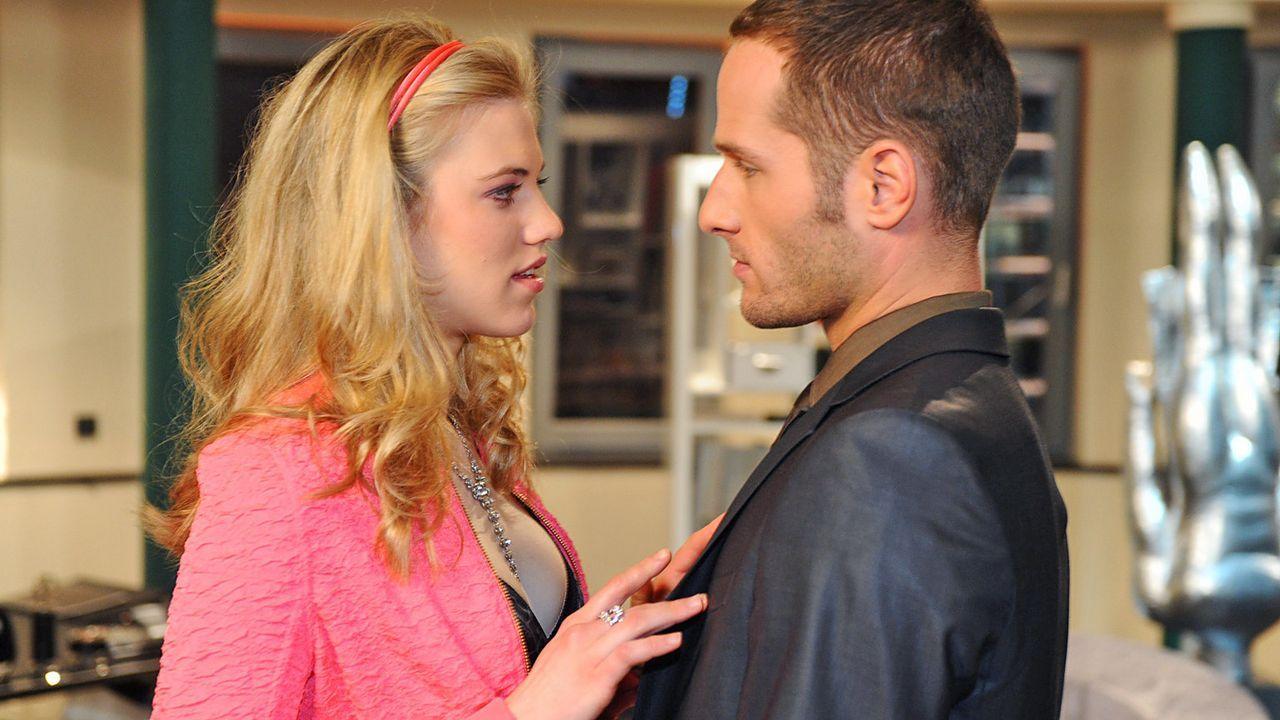 Anna-und-die-Liebe-Folge-704-01-Sat1-Oliver-Ziebe - Bildquelle: SAT.1/Oliver Ziebe