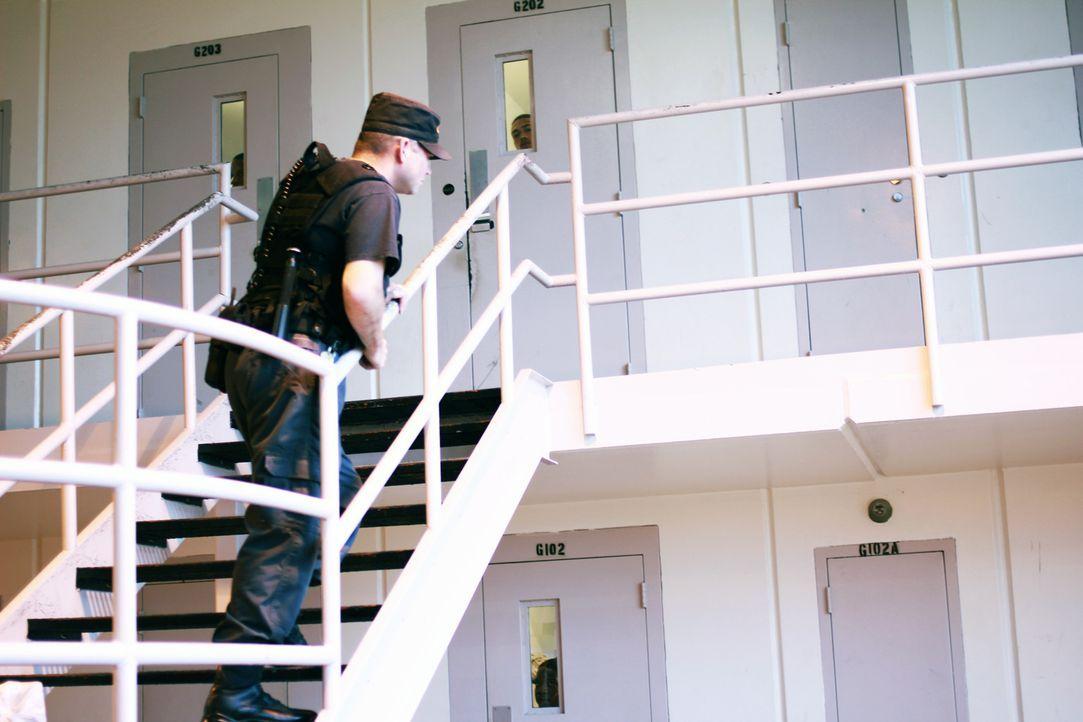 Die Arbeit im G-Trakt des Smith State Gefängnisses stellt auch die Wärter, wie Mark Smith, vor riesige Herausforderungen ... - Bildquelle: Erin Crumpacker part2pictures