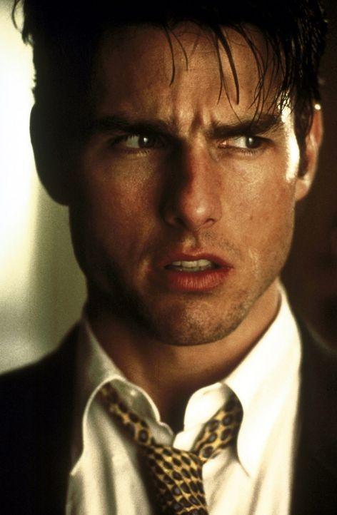 Eines Tages wagt sich der erfolgreiche Sport-Agent Jerry Maguire (Tom Cruise) auf unbekanntes Terrain: Er will seiner Agentur ein neues Image verpas... - Bildquelle: TriStar Pictures