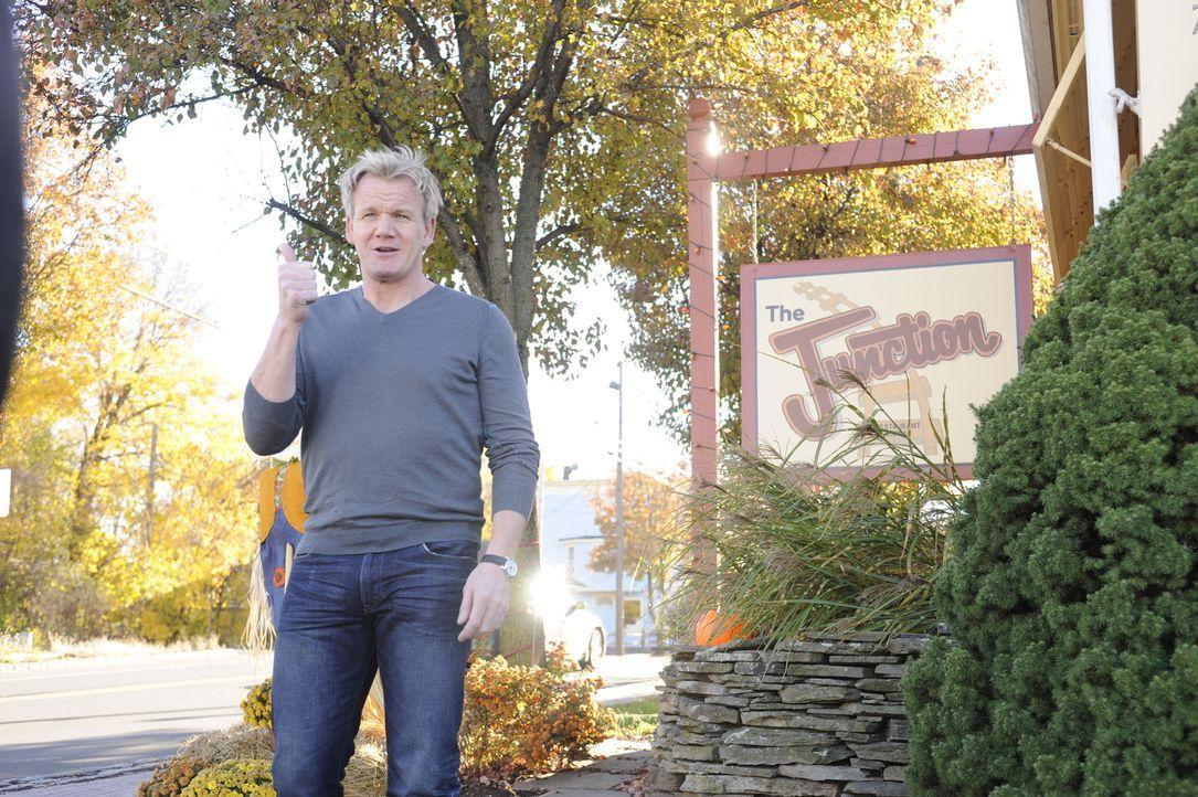 """Kontrollbesuch: Gordon Ramsay kehrt ins """"The Junction"""" zurück und überprüft, ob seine Ratschläge umgesetzt wurden und das Essen schmeckt ... - Bildquelle: Fox Broadcasting.  All rights reserved."""