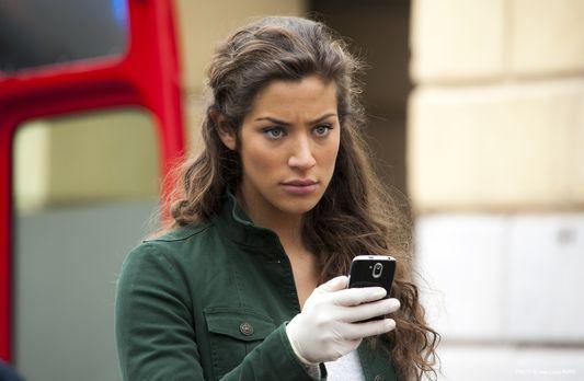 Crime Scene Riviera - Ein neuer, komplizierter Fall wartet auf Sara (Manon Az...