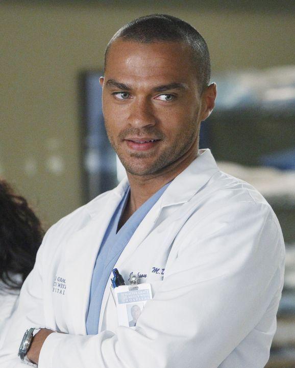 Steht vor seiner ersten eigenen Solo-Operation: Jackson (Jesse Williams) ... - Bildquelle: ABC Studios