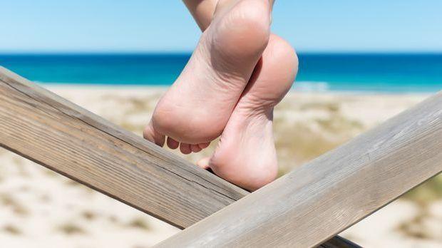 Peeling-Socken versprechen schöne Füße ohne Hornhaut