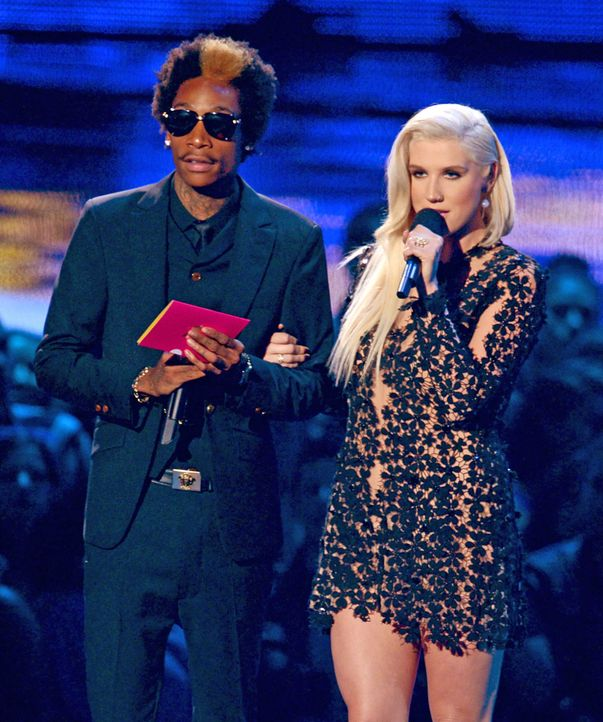 Wiz-Khalifa-Kesha-12-09-06-getty-AFP.jpg 1669 x 2000 - Bildquelle: getty-AFP/AFP