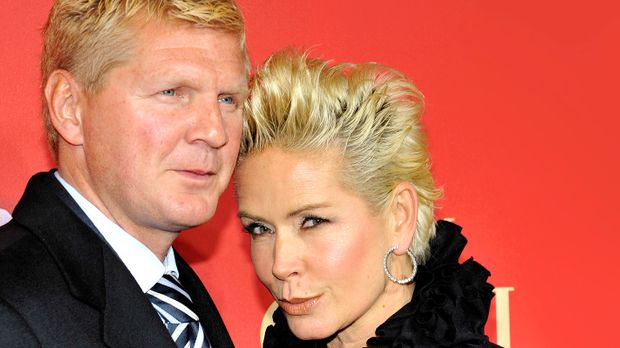 stefan und claudia effenberg sind getrennt news sat 1. Black Bedroom Furniture Sets. Home Design Ideas