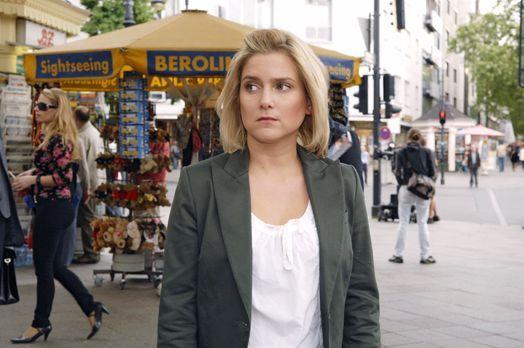 Anna und die Liebe - Anna (Jeanette Biedermann) hat den Auftrag, gemeinsam mi...