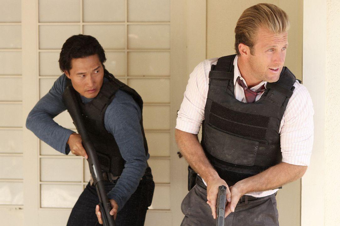 Ein neuer Fall wartet auf Danny (Scott Caan, r.) und Chin (Daniel Dae Kim, l.) ... - Bildquelle: 2011 CBS BROADCASTING INC.  All Rights Reserved.