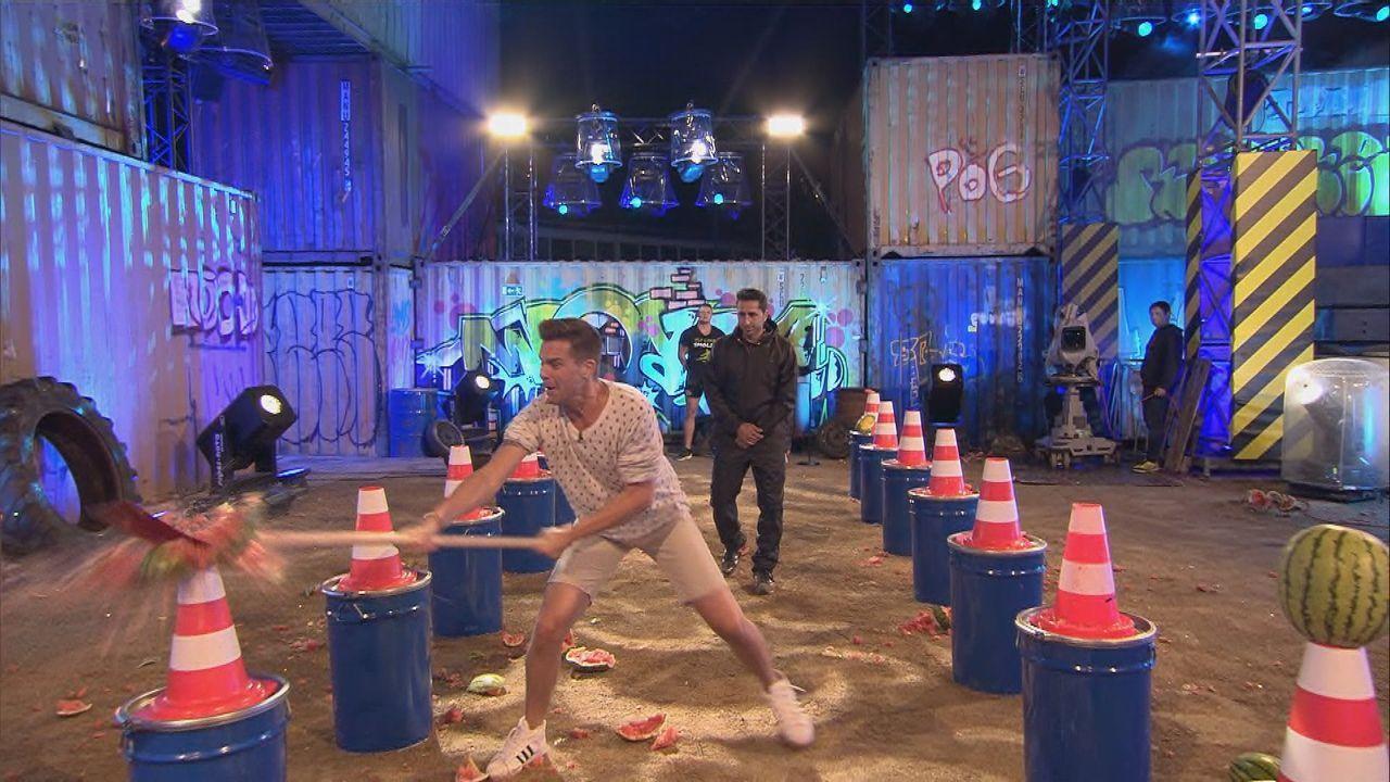 """Eloy de Jong tritt zum """"Wassermelonencrash"""" an - Bildquelle: SAT.1"""