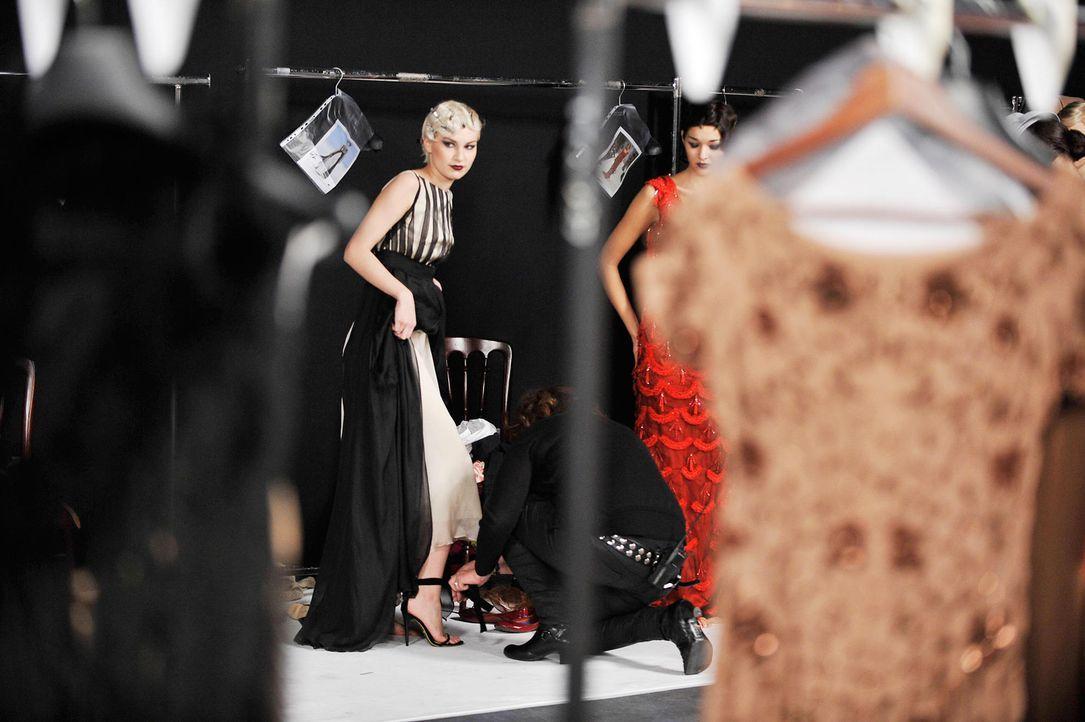 germanys-next-topmodel-stf07-epi01-modenschau-backstage-27-oliver-s-prosiebenjpg 1990 x 1324 - Bildquelle: Oliver S. - ProSieben