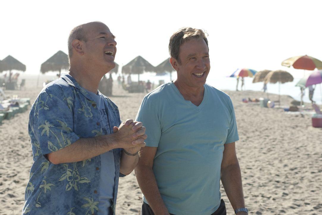 Verbringen gemeinsam ein paar Tage in Mexiko - mit fatalen Folgen: Lipschutz (Larry Miller, l.) und Henry (Tim Allen, r.) ... - Bildquelle: Koch Media GmbH, Six Wives, LLC.