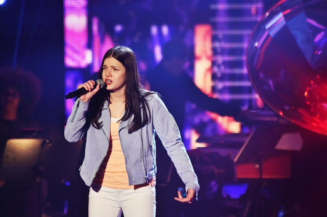 The-Voice-Kids-Stf03-Epi07-Auftritte-13-Samira-SAT1-Andre-Kowalski - Bildquelle: SAT.1/ Andre Kowalski