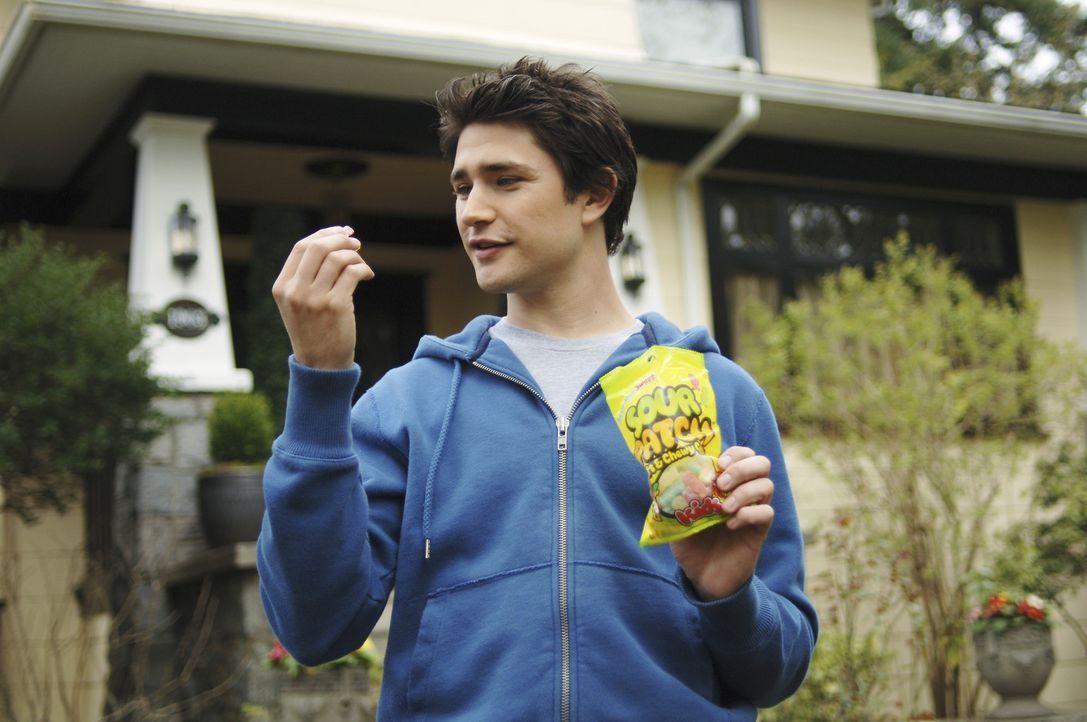 Sein Leben steckt voller Überraschungen: Kyle (Matt Dallas) entdeckt jeden Tag ein neues Geheimnis und lernt, dass jeder Mensch eine Bestimmung hat... - Bildquelle: TOUCHSTONE TELEVISION