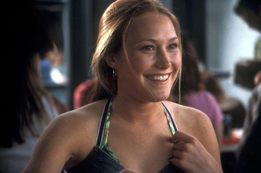 Ist von dem veränderten Shaun stark beeindruckt: Ashley (Schuyler Fisk) ... - Bildquelle: Gemma Lamana TM & Copyright   2001 by Paramount Pictures. All rights reserved.