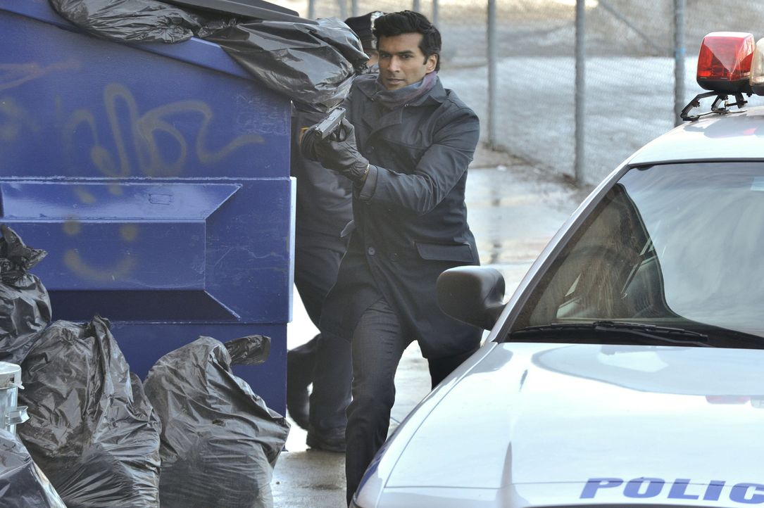Auf der Suche nach Vincent: Gabe (Sendhil Ramamurthy) ... - Bildquelle: 2013 The CW Network, LLC. All rights reserved.
