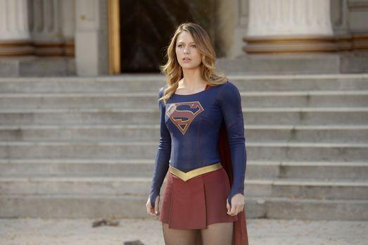 Supergirl - Während J'onn J'onzz vom Militär unter Druck gesetzt wird, die Wa...