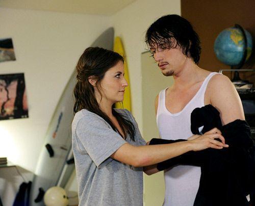 Bea versucht mit allen Mitteln gegen die erotische Spannung zwischen ihr und Ben anzukämpfen. - Bildquelle: Christoph Assmann - Sat1