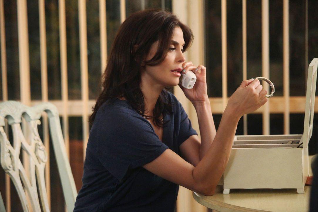 Ahnt nicht, das Paul ein hinterhältiges Spiel mit ihr treibt, um sich an ihr und der ganzen Nachbarschaft rächen zu können: Susan (Teri Hatcher) ...... - Bildquelle: ABC Studios