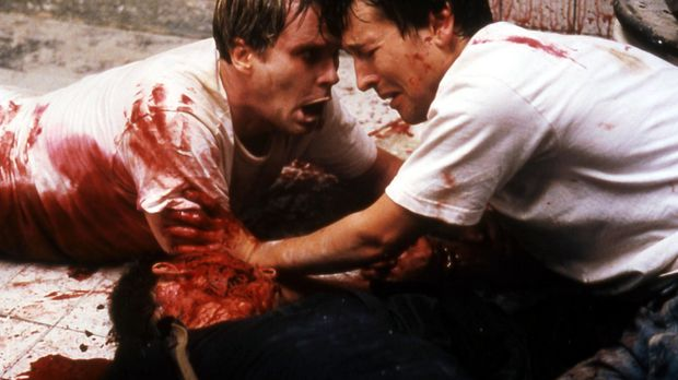 Eines Tages finden sich Dr. Lawrence Gordon (Cary Elwes, l.) und Adam (Leigh...