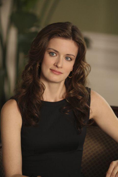 Die junge Polizistin Lee Anne Marcus wendet sich verzweifelt an die toughe Anwältin Jamie Sawyer (Anna Wood), weil sie von Kollegen vergewaltigt und... - Bildquelle: 2013 CBS BROADCASTING INC. ALL RIGHTS RESERVED.