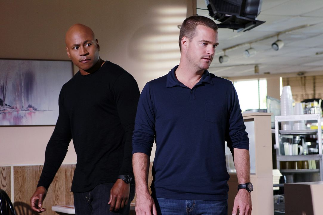 Ermitteln in einem neuen Fall: Sam (LL Cool J, l.) und Callen (Chris O'Donnell, r.) ... - Bildquelle: CBS Studios Inc. All Rights Reserved.