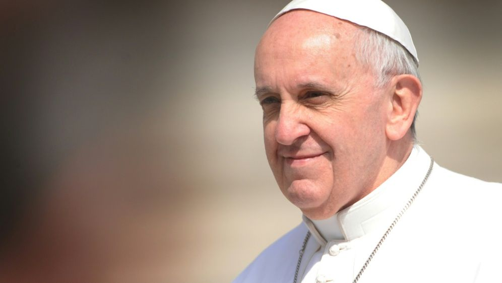 Papst Franziskus hofft auf Einigkeit während der WM - Bildquelle: AbacaAbacaSIDEric Vandeville