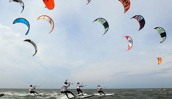 Kite Surfer - Bildquelle: Tourismuszentrale Sankt Peter-Ording
