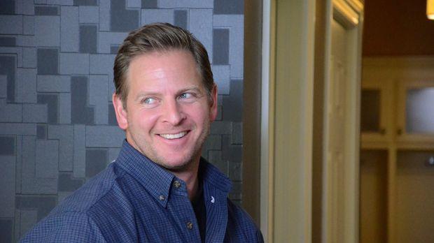 Jason Cameron (Foto) freut sich auf die Umbauarbeiten in Kris Humphries Haus....