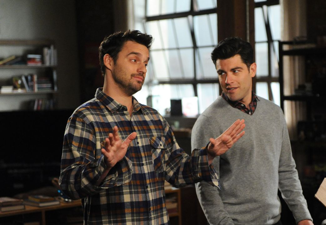 Während Coach sich auf seinen Auszug vorbereitet, beschäftigen sich auch Nick (Jake Johnson, l.) und Schmidt (Max Greenfield, r.) mit ihren Zukunfts... - Bildquelle: 2014 Twentieth Century Fox Film Corporation. All rights reserved.