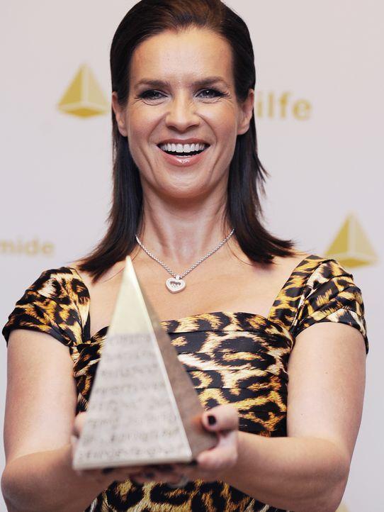 Kati-Witt-Goldene-Sportpyramide-10-05-14-dpa - Bildquelle: picture-alliance/ dpa, Rainer Jensen