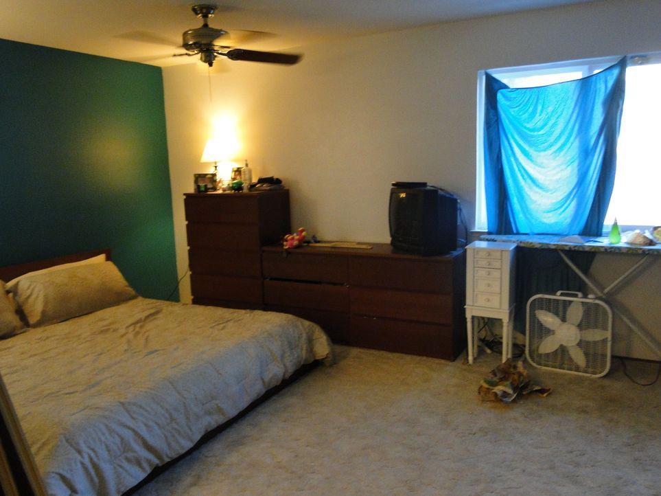 In nur drei Tagen wollen Josh Temple und sein Team das Schlafzimmer von Jonathan und Stephanie neu gestalten. Doch werden die beiden mit dem Ergebni... - Bildquelle: 2012, DIY Network/Scripps Networks, LLC. All Rights Reserved.